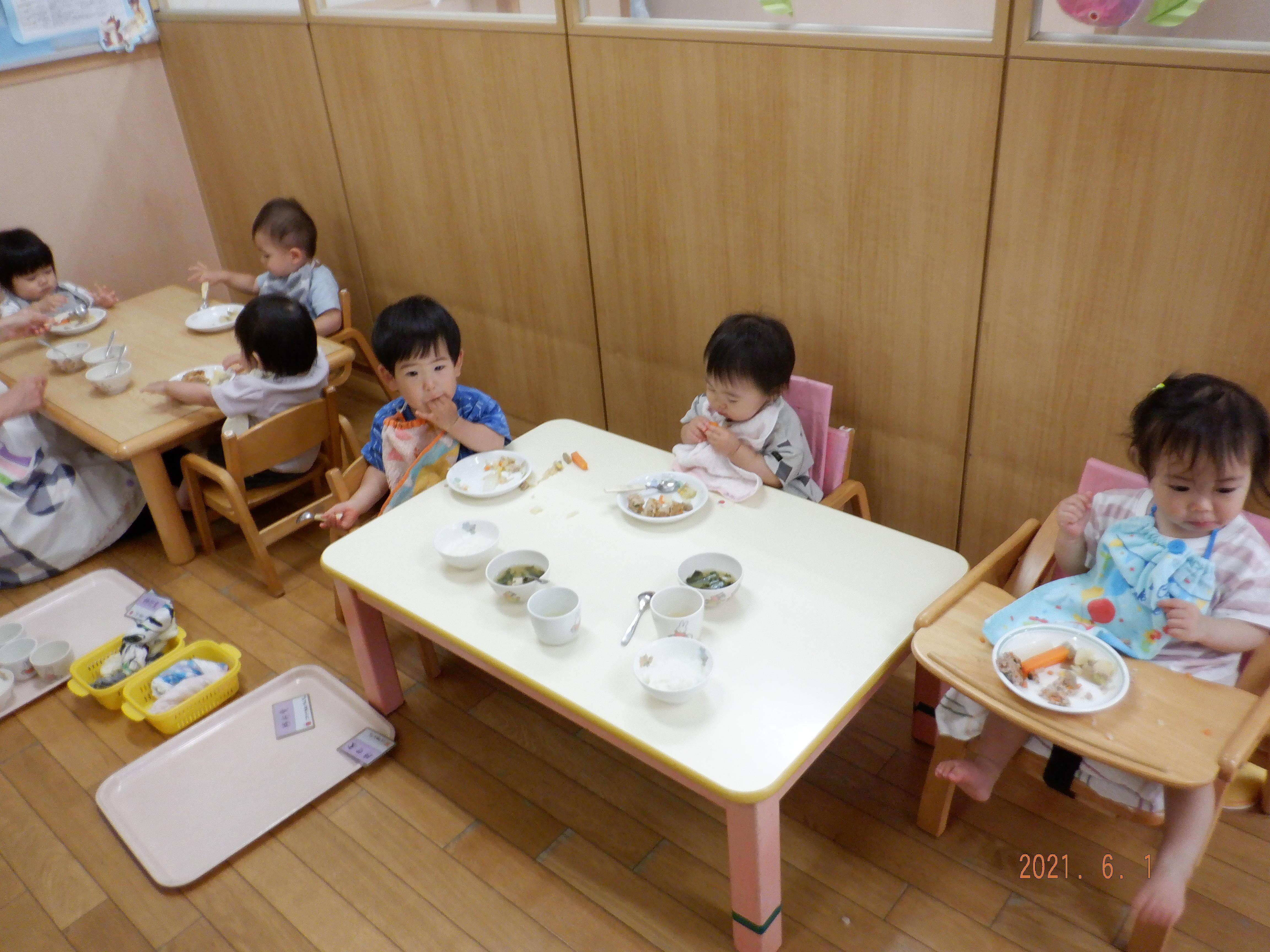 ひよこ-給食(2021.6.2).JPG